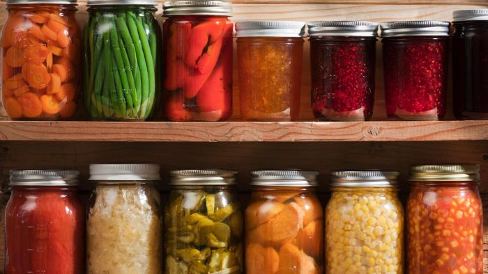 What Is an Easy Recipe for Sweet Pickles?