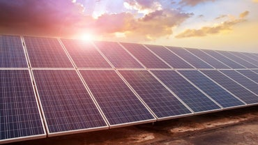 What Are the Pros and Cons of Using Solar Panels?