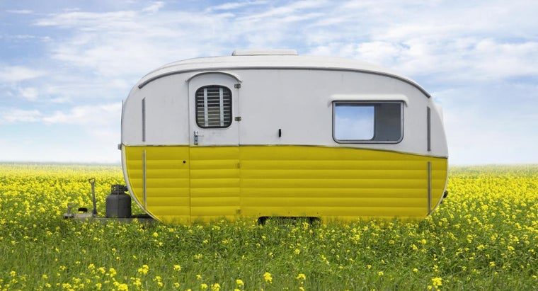What Are Some Manufacturers of Tiny Trailer Homes?