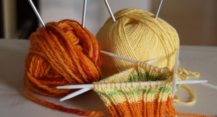 What Are Some Easy-to-Learn Knitting Stitches?