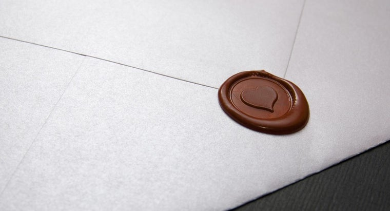 Where Can You Find Wedding Invitation Ideas Online?