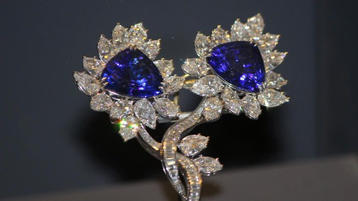 How Much Does Tanzanite Cost Per Carat?