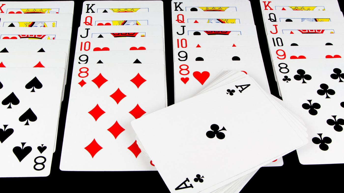 How Do You Play Solitaire on Microsoft Windows?