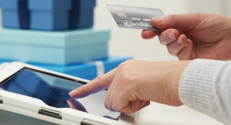 Do Businesses See Your Actual Credit Card Numbers When You Make Online Purchases?