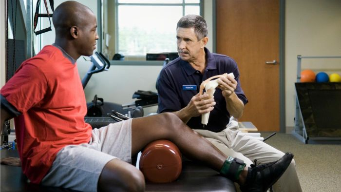 What Does a Physiotherapist Do?