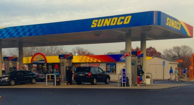 How Old Do You Have to Be to Get a Sunoco Credit Card?