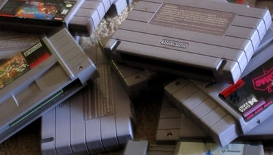 Does Blowing Into a Nintendo Cartridge Work?