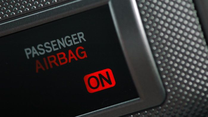 What Happens If You Don't Reset Your Air Bag Light?