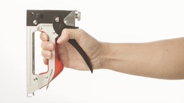What Are Some Good Heavy Duty Staplers?