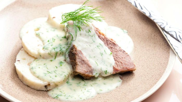 What Is a Simple Recipe for Dill Sauce?