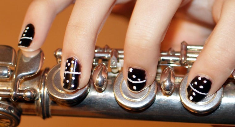 Where Can You Find Good Acrylic Nail Art Galleries Online?