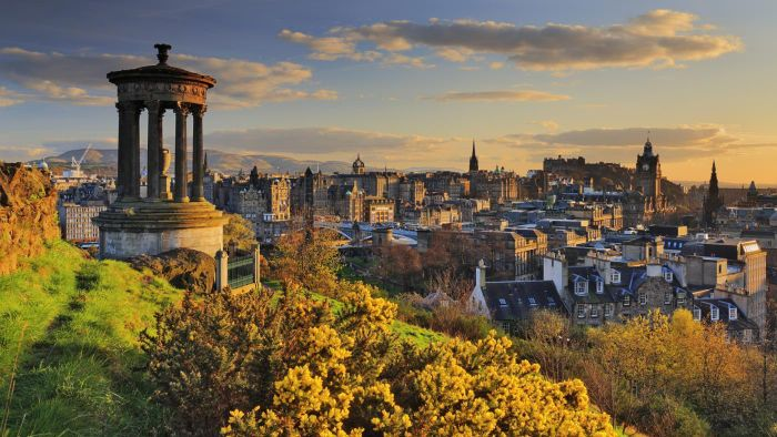 What Are Some Hotels in Edinburgh?