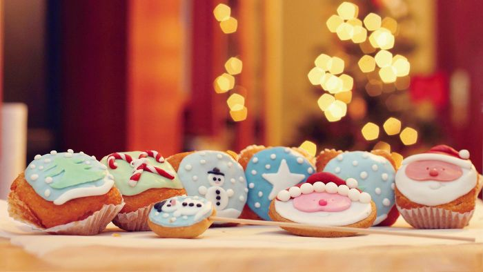 What Are Some Christmas Cookie Recipes?