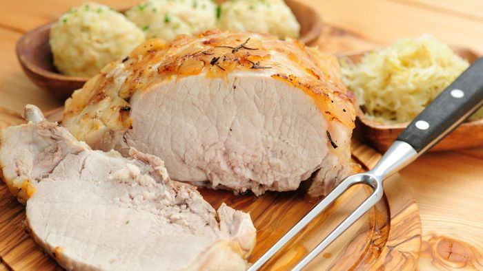 How Do You Prepare Pork Loin With Sauerkraut?