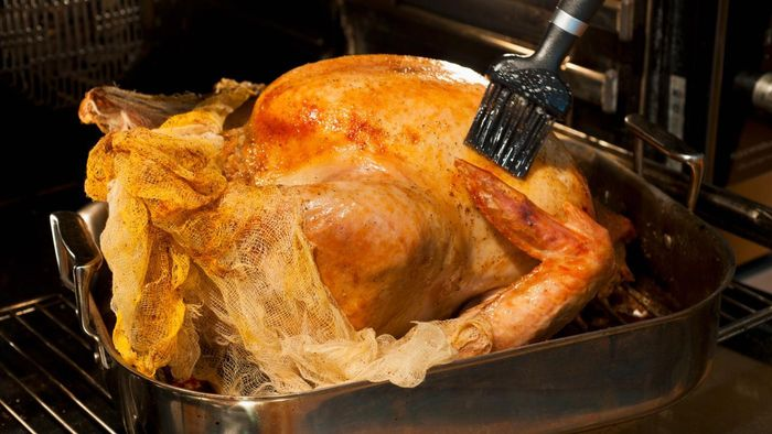 What are some tips for preparing a turkey?