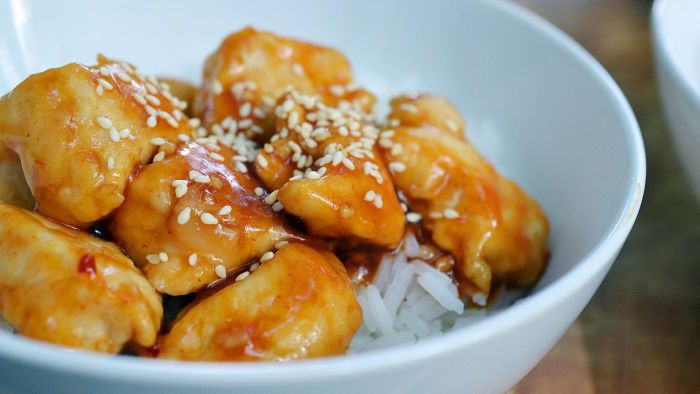 What Is a Good Recipe for Chinese Honey Chicken?