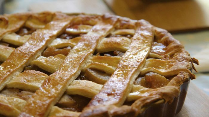What Is an Easy Apple Pie Recipe?