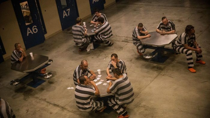 How Can One Search for Prison Inmates in Florida?