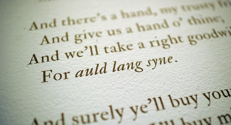 """What Is the History of the Song """"Auld Lang Syne""""?"""