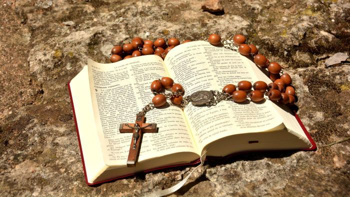 Where Can Preachers Find Outlines for Bible Sermons?