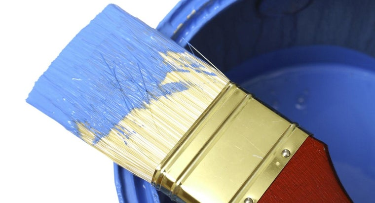 How Many Square Feet Does a Gallon of Paint Cover?