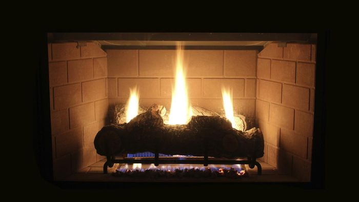 What are some realistic-looking gas logs?