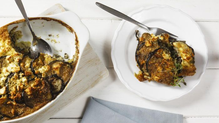 What Is a Simple Recipe for Eggplant Casserole?