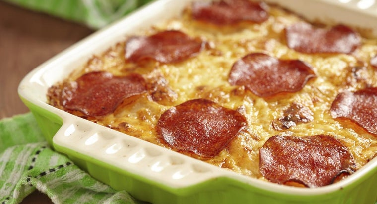 What Is an Easy Pizza Casserole Recipe?