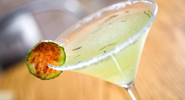 What Is a Recipe for a Cucumber Martini?