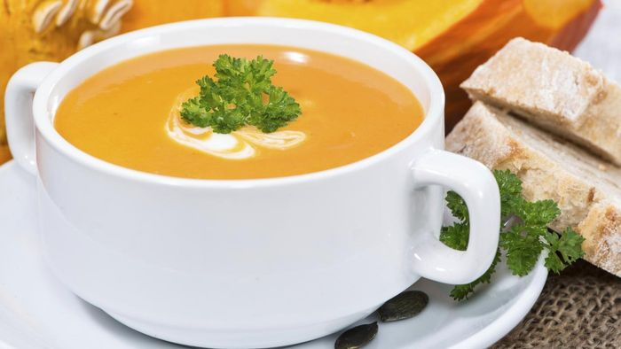 What Is a Simple Pumpkin Soup Recipe?