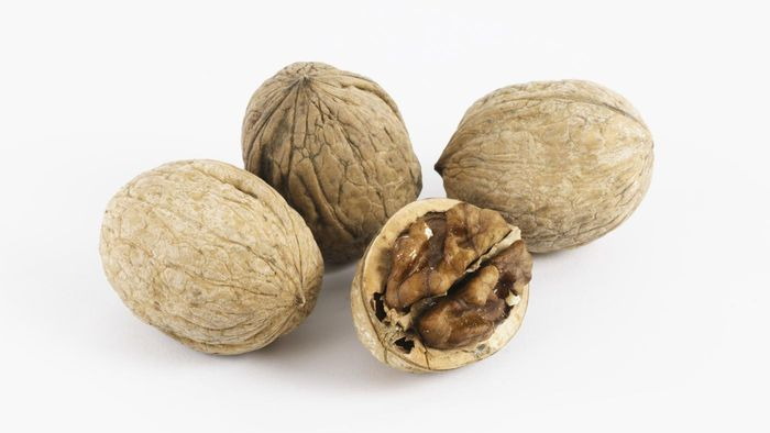Where can you sell walnuts?