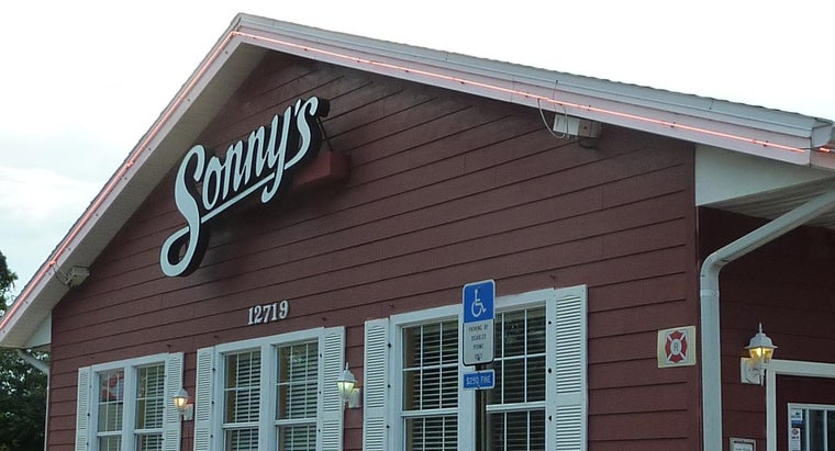 What Are Some Items on the Menu at Sonny's BBQ?