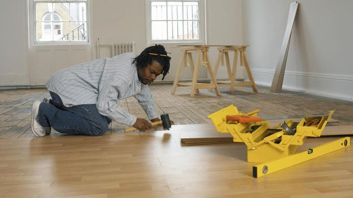 What Are Some Ways to Find Local Flooring Installers?