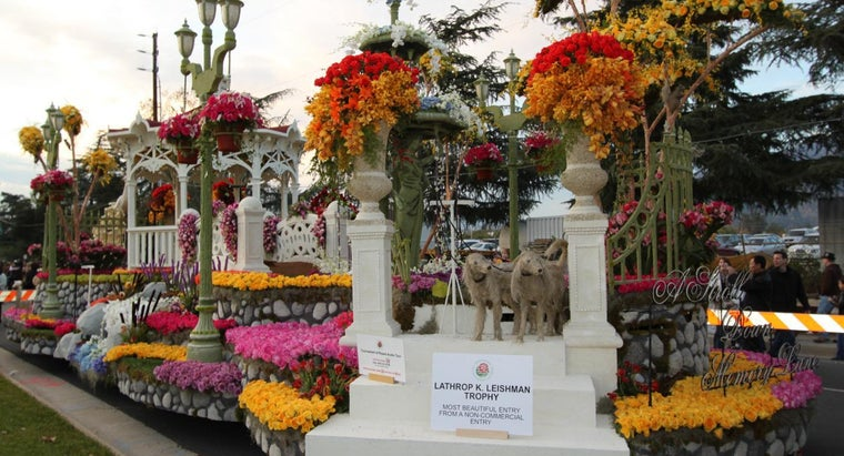 Where Can You View Rose Parade Floats?