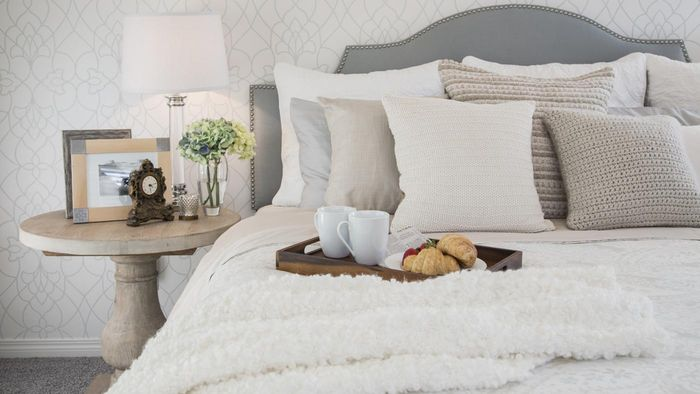 What are the different sizes of beds?