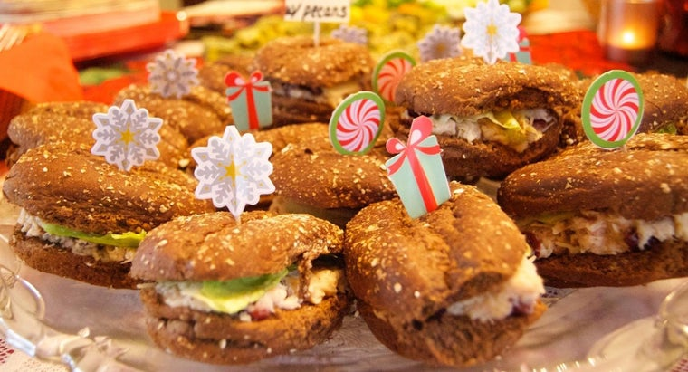 What Are Some Easy Sandwich Ideas for a Party?
