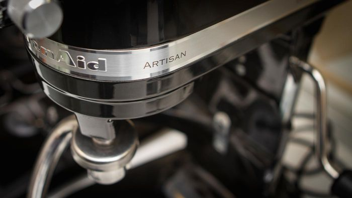 Does KitchenAid Offer Copper Bowls for Its Stand Mixers?