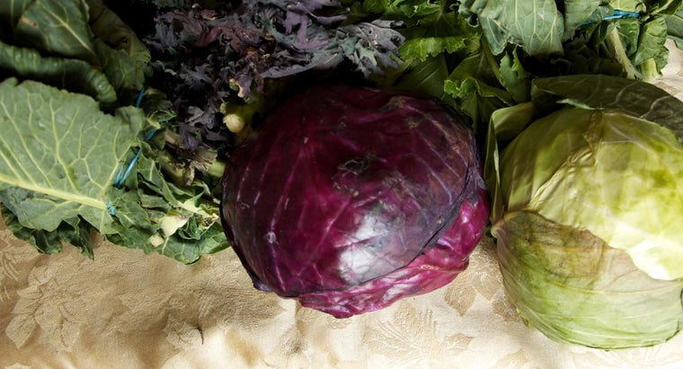 What Is an Easy Recipe to Saute Red Cabbage?