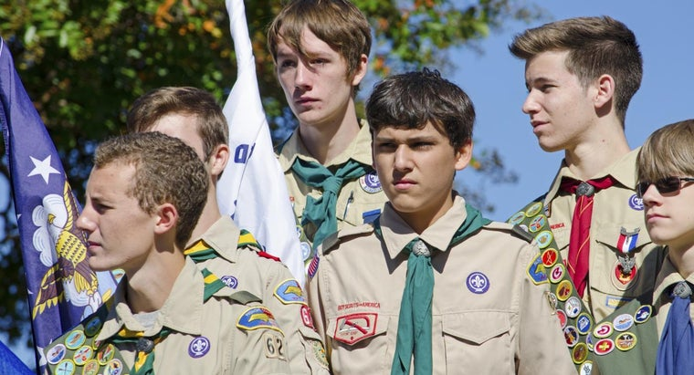 What Is a Good Gift Idea for Someone About to Become an Eagle Scout?