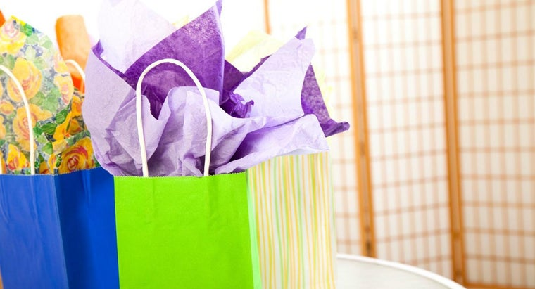 What Are Some Easy Bridal Shower Favors?
