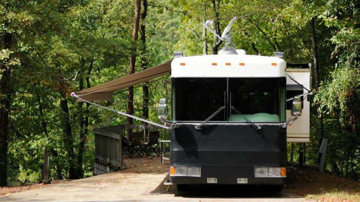 What Are Some Good RV Satellite Systems?