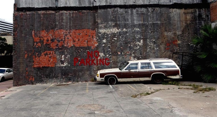 How Do You Obtain the Title to an Abandoned Car?