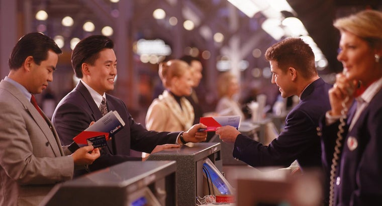 When Should Passengers Check in Online Before a Flight?