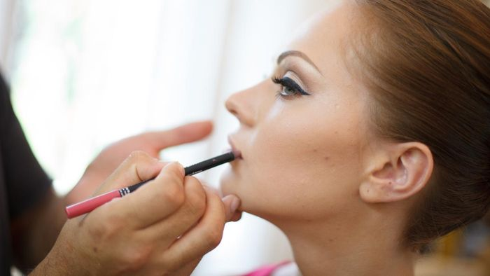What are some of the most common ingredients in Cover Girl makeup?