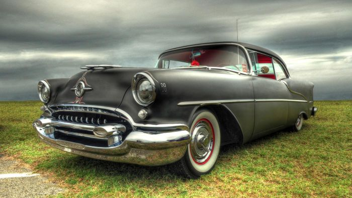 Where Can You Sell an Antique Automobile?