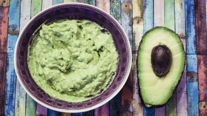 What Is an Easy Recipe for Avocado Dip?