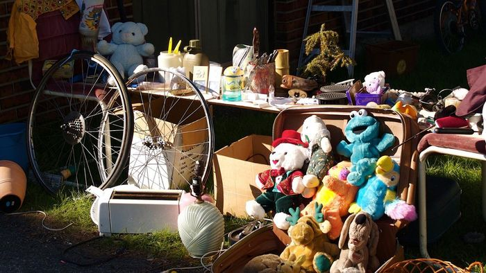 When Is the Best Time to Have a Garage Sale?