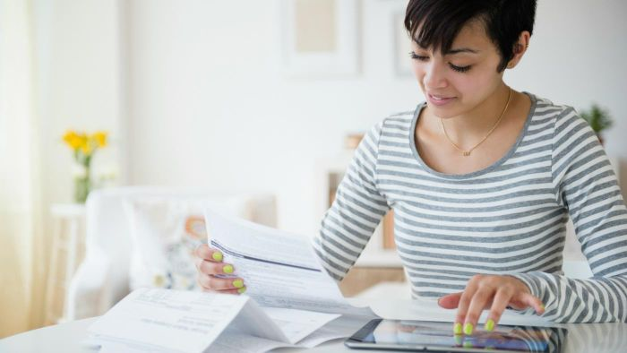 What Are Some Basic Bookkeeping Tips for Small Businesses?