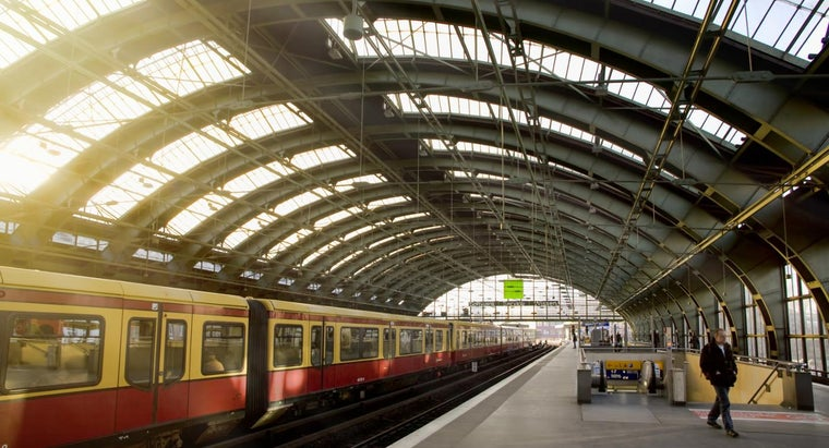 How Do You Find the Addresses of Train Stations Nearest to You?