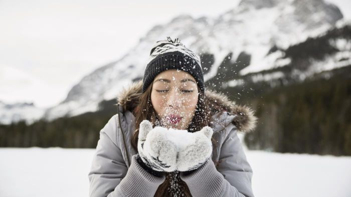 Which Brand Makes the Warmest Gloves?
